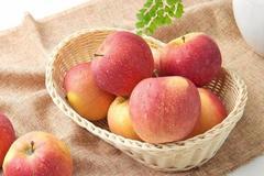 晚上吃苹果没有好处?教你吃苹果的最佳时间,不要再吃错了