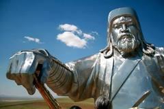 成吉思汗的陵墓,究竟被埋在了哪里?为什么至今无人知道?