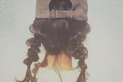 同样戴鸭舌帽,为什么她会戴的这么漂亮?关键在戴帽前的10分钟!