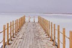 青海,碧蓝天空下显浪漫气息,茶卡盐湖,打卡一下