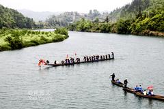 这里是苗族姊妹节和独木龙舟发源地之一,被誉为独木龙舟冠军之乡
