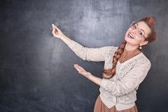 成为教师的路很多,偏不选编制教师这一条!