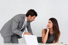 人在职场的两幅面孔,学不会就很难混下去,很现实
