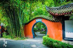 成都有全国唯一君臣合祠的祠庙,现在成为了博物馆,每天游客众多