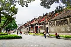 广州有处地铁上的大宅,雕刻工艺价值连城!