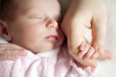 产后出汗多怎么办?坐月子9天,产后护理不能忽视的3个细节