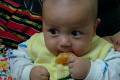 """劝告家长:孩子吃饭""""3注意"""",做错伤脾又积食,还有宝妈在坑娃"""