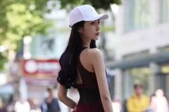 街拍美女:爱健身的小姐姐,身材都不会差
