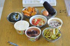 天热不想炒菜,蒸一蒸太省事,40分钟可以做好六菜一汤一主食