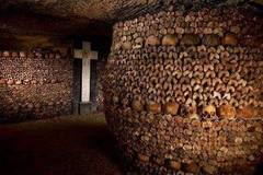 真实的骷髅世界:600万具尸骨,一个人进去绝对是你的噩梦