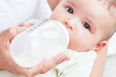 奶粉喂养的宝宝怎么判断宝宝是否吃饱?