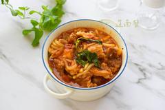 西红柿炖牛肉加上它,是饭也是菜,米饭都不用蒸了