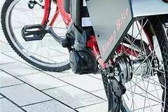 能打广告的自行车,靠轮胎印广告,不仅宣传效果好还非常环保