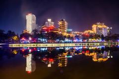 扩展夜间旅游丰富夜生活大力发展夜间经济,这五座城市活力十足