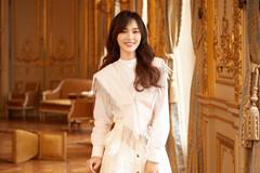 当唐嫣一身白色装扮现身活动,演绎甜心少女,太美了