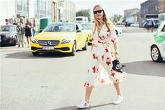 连衣裙和平底鞋才是最佳拍档 这样搭配让你跳脱出素人圈!