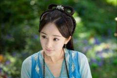 杨幂的古装,赵丽颖的古装,迪丽热巴的古装,都不如她穿的古装!