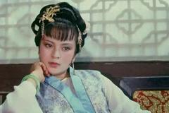 南安太妃要见贾府的姑娘,贾母安排为何要安排薛宝钗去?