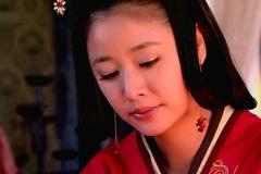 她干农活时被强行带入皇宫,耗死四个皇帝,连汉武帝都要向她请示