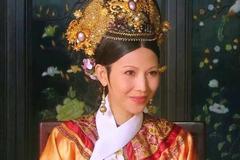 甄嬛传:甄嬛传中的皇后,除了有绘春和剪秋还有冬和夏两个侍女