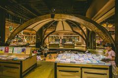国内最大独立书店,颜值超高,游客拍照打卡需申请