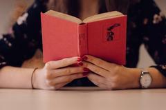 为什么你读了这么多书,却依然过不好这一生?