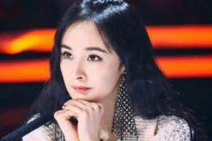 杨幂录制《中国达人秀》,渔网耳环引关注,这个细节曝光杨幂人气!