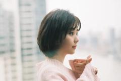 谭松韵罗晋首度合作,拍摄电影《八月未央》,改编安妮宝贝小说