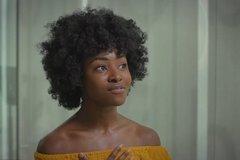 《蝙蝠侠》强烈邀请新人加入黑人女演员杰米·劳森扮演神秘角色