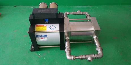 低温液化气大流量灌装输送泵实物图