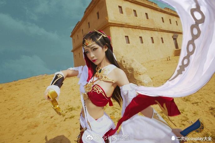 剑网三明教圣女成女cos,飞沙连大漠圣火怜世人