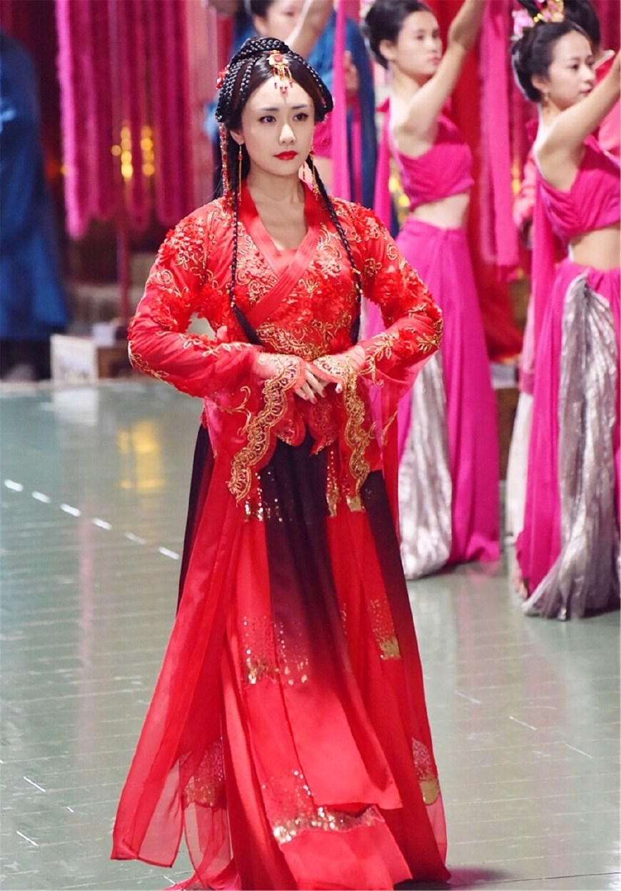 思美人郑袖也来尬舞 电视剧古代女子跳舞的发型
