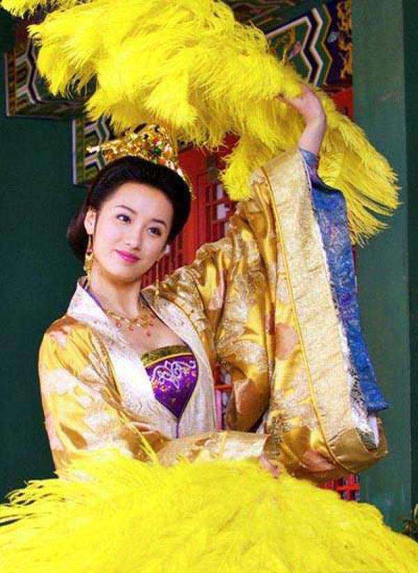 思美人郑袖也来尬舞 电视剧古代女子跳舞的发型图片