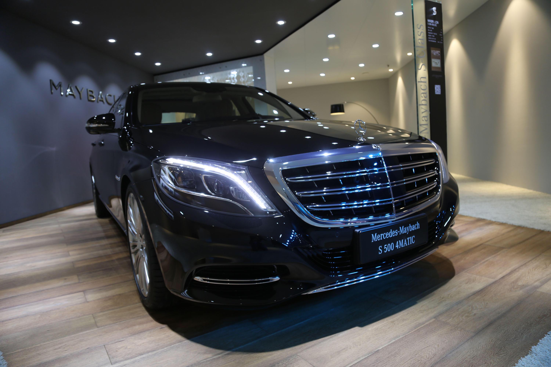 迈巴赫车展实拍,奔驰旗下最奢华品牌,售价220万