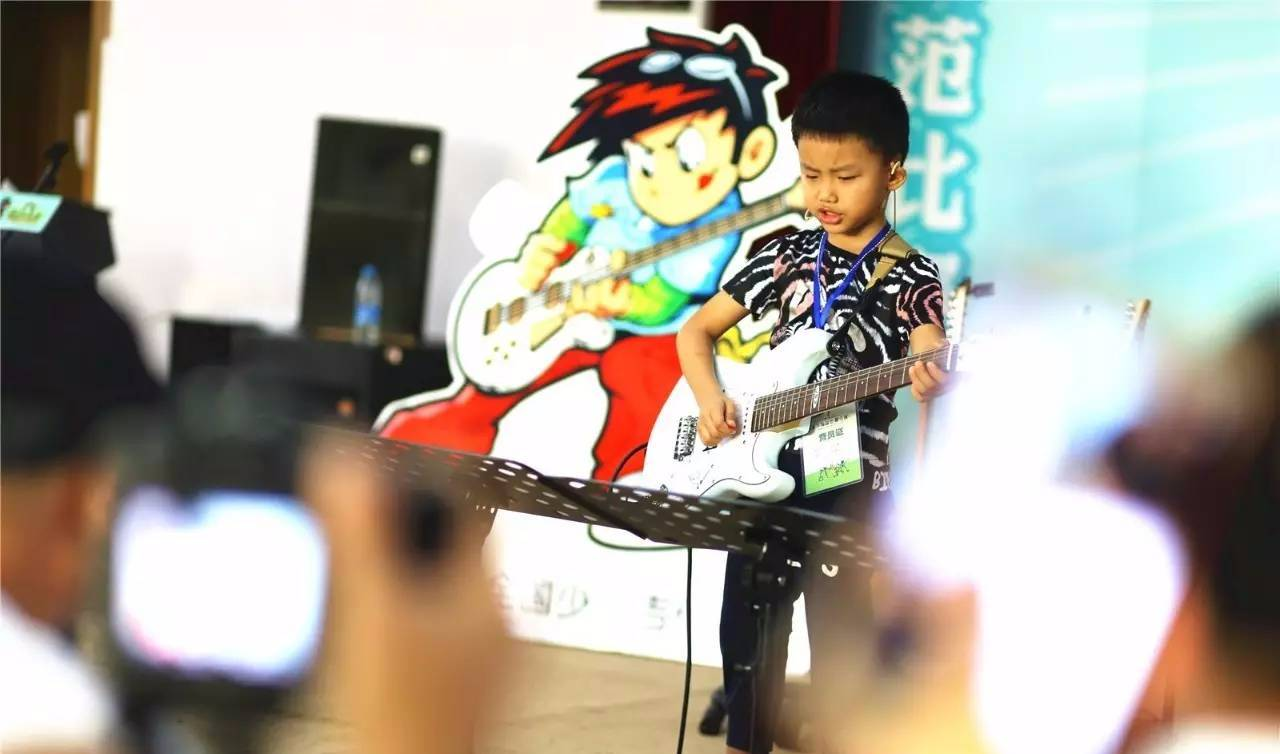马云 不让孩子学琴棋书画,未来30年将找不到工作