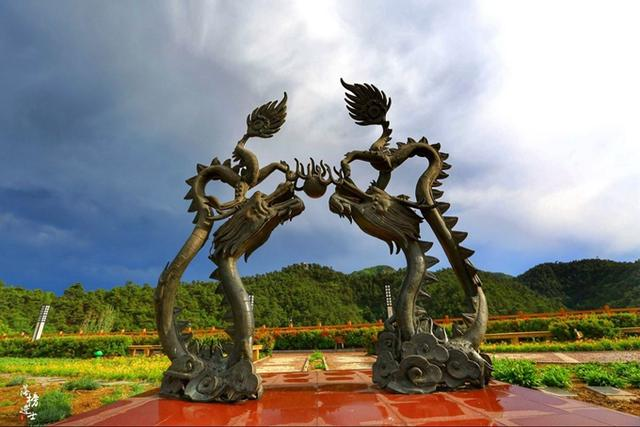 青龙民族博物馆,建造在南山之上的文化地标