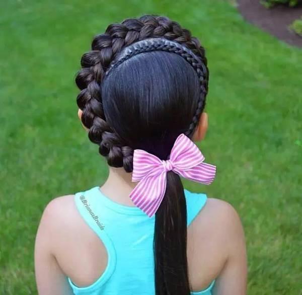 45款小女孩编发发型大全,头顶都能编出花儿!