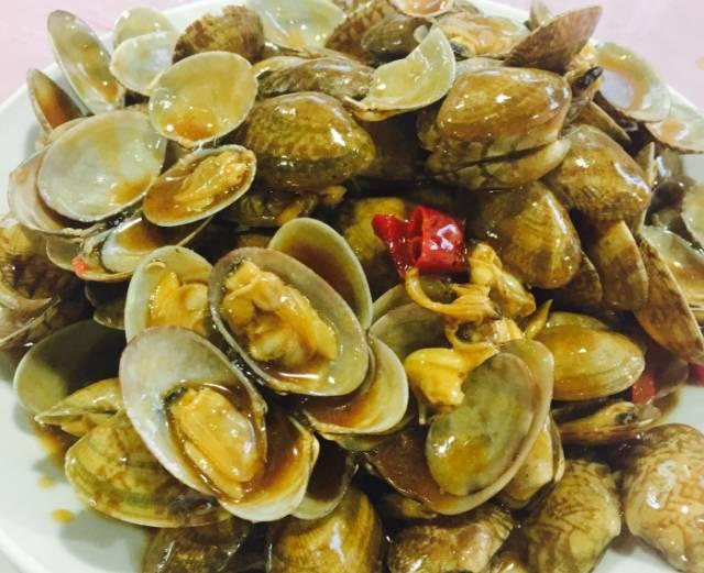 椒盐皮皮虾,只只带膏,肥美量足.   蛏子很肥,收拾的很干净丝毫没图片