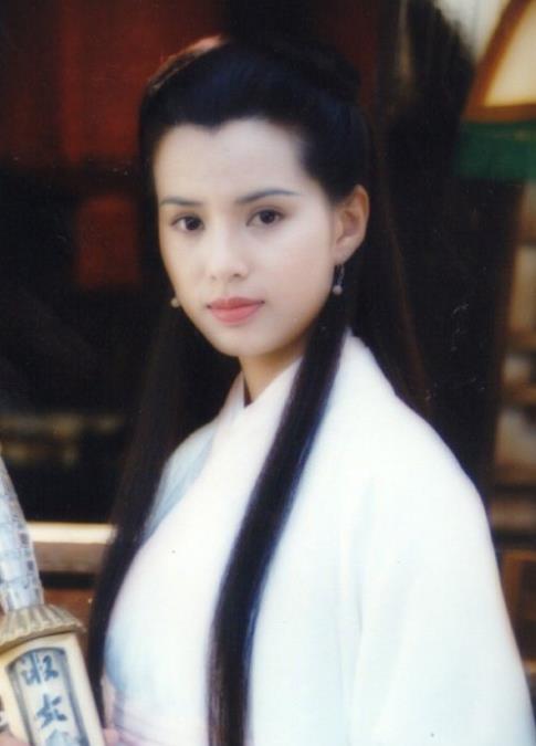 女星古装白衣造型,陈法蓉刘诗诗胡静,谁更适合?