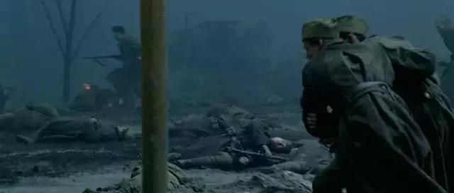 电影里面步兵集群冲锋,在真实战场有没有可能呢?