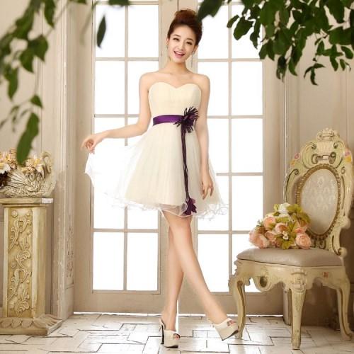 长沙新娘礼服定制教您2017购买订婚礼服的注意事项