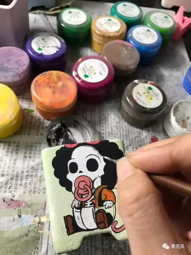 多肉花盆手绘教程及作品欣赏——硅质画颜料应用