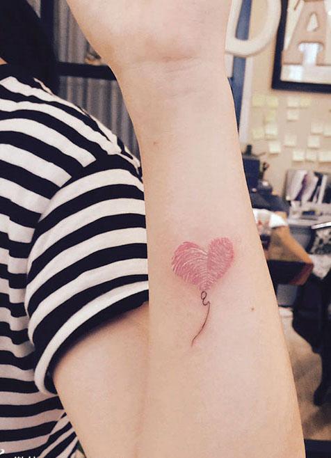 爱心气球刺青 广州最具创意的指纹亲子纹身