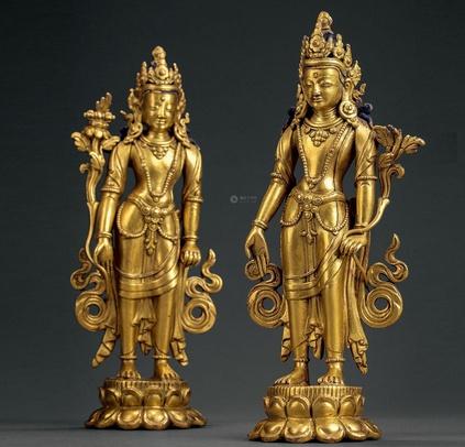 古代木头雕刻鎏金佛像