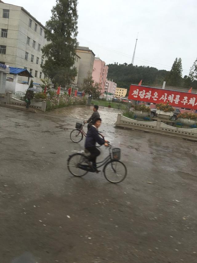 朝鮮旅游實錄下集,景區基本屬于無管理狀態圖片