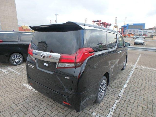 17款丰田埃尔法长宽高马力油耗轴距百公里提速详解价