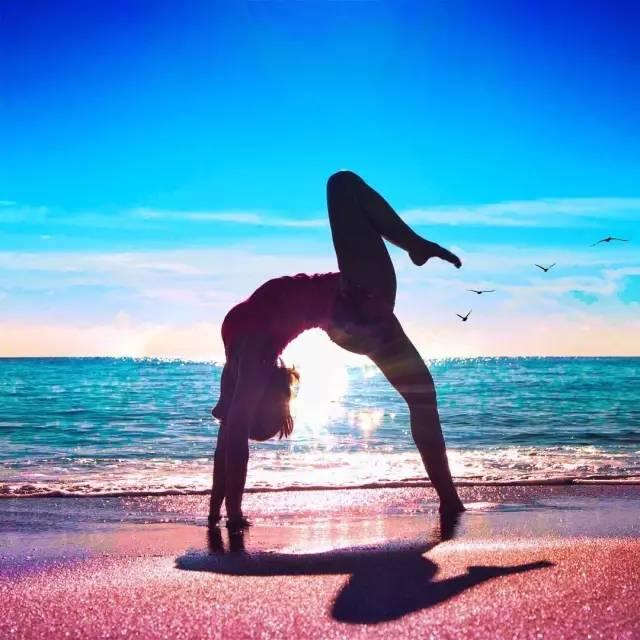 瑜伽17年,她實現了人生巨大的蛻變圖片
