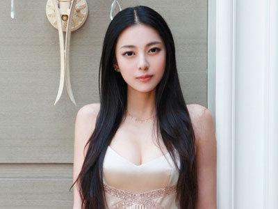 中国第一黄金比例美女艾尚真 完美曲线人间胸器图片