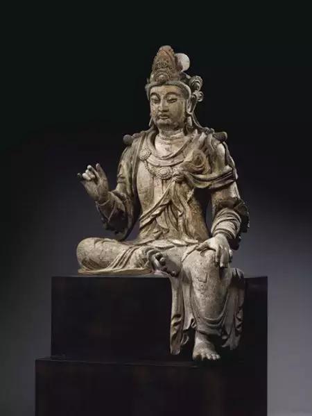 木雕佛像收藏的三个要点及市场行情分析