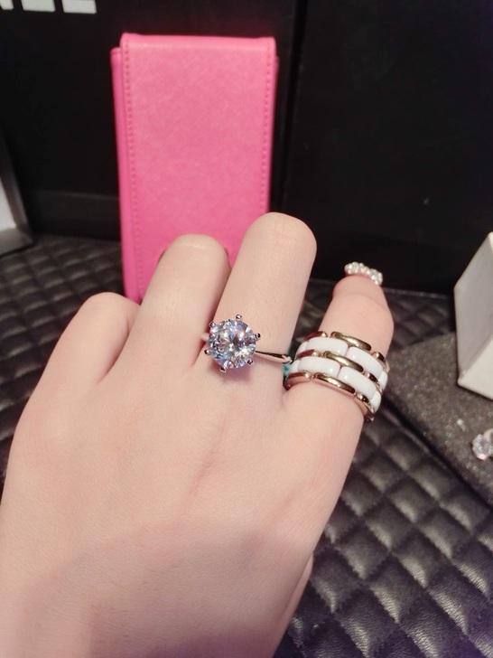 蒂芙尼1克拉钻石钻戒重庆回收行情怎么样图片